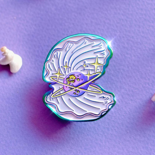 Pearl Sea Shell Enamel Pin (Pink)