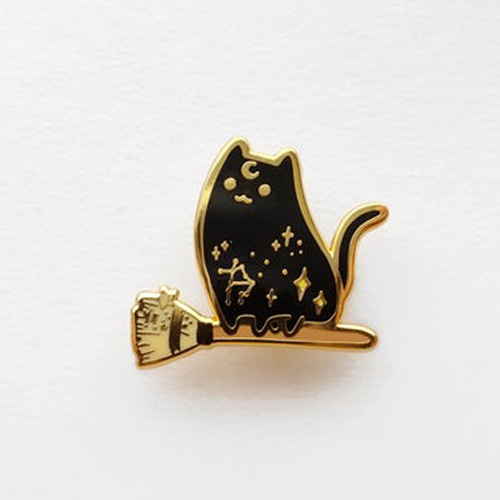Witch Broomstick Cat Enamel Pin(Black)